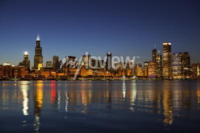 Fototapete Chicago Skyline in der Abenddämmerung