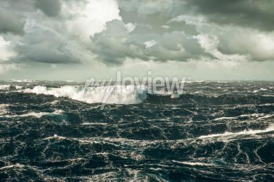 Bild Riesige Welle Absturz Am Stürmenden Nordatlantik