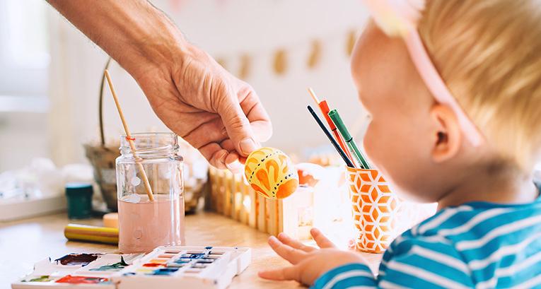 Wie kann man Osterdekos machen? Wir haben beeindruckende Ideen für handgefertigte Dekorationen!