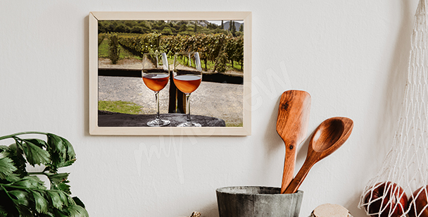 Weinplakat mit Weinberg